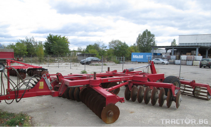 Брани Kongskilde Terra X400 1 - Трактор БГ